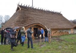 Белорусскую делегацию встречают в деревне готов, гмина Хрубешув