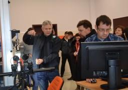 Участники визита в центре по подготовке инженеров и авиамехаников (Centrum Studiów Inżynierskich), государственное высшее профессиональное училище в Хелм