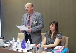 Алег Сиваграков, эксперт по вопросам устойчивого развития и эксперт проекта, представил обобщающие результаты исследований